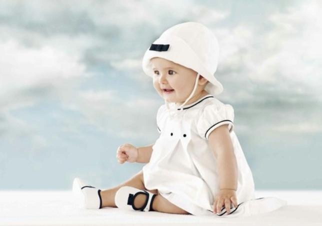 Populaire Histoire des marques de mode bébé > Babystock GG04