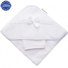 5b8dafdfc35fc Sortie de bain bébé en éponge blanche et biais organza blanc