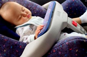 En voiture avec bébé