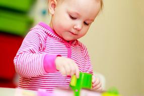 L'éveil de bébé : quelques jouets pour distraire les petits