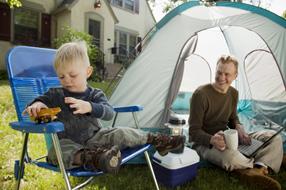 Les enfants au camping