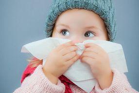 Cinq conseils anti-rhume pour bébé l'hiver