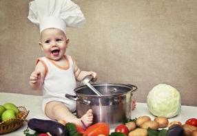 La diversification alimentaire de bébé. Quand ? Comment ?