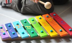 Vers la découverte des sons, avec l'éveil musical