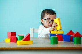 Quels jouets en bois pour bébé ?